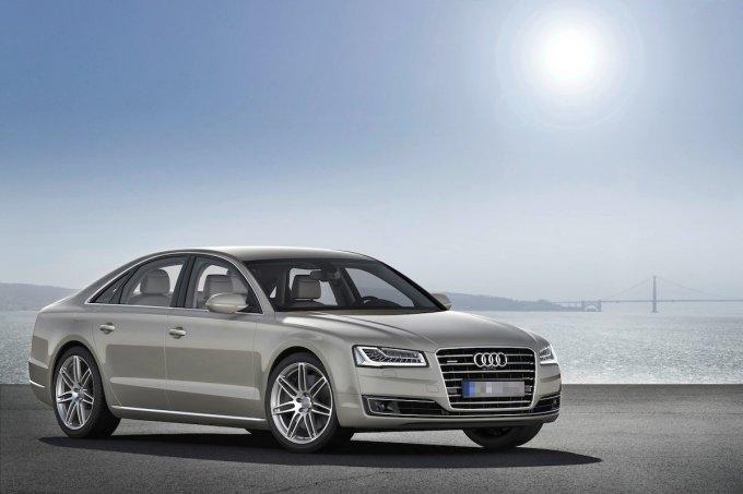 """<p class=""""Normal""""> Ortega lái xe Audi A8. Loại xe này mang lại cảm giác thoải mái hơn là xa xỉ.</p>"""