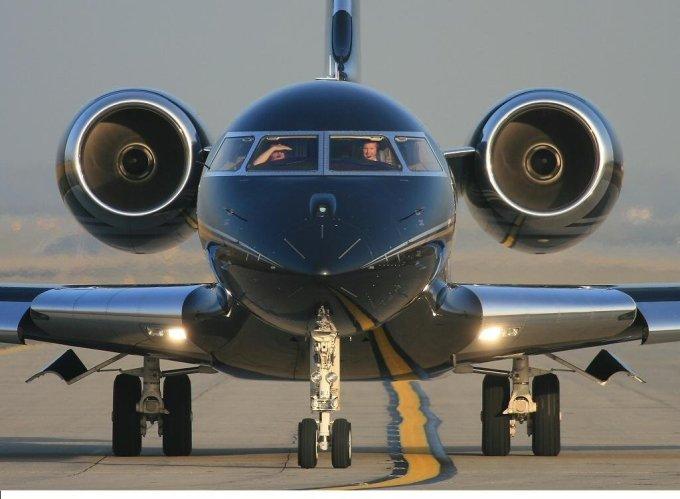 """<p class=""""Normal""""> Ông cũng sở hữu Global Express BD-700 – một dòng chuyên cơ của Bombardier. Nó có giá 45 triệu USD.</p>"""