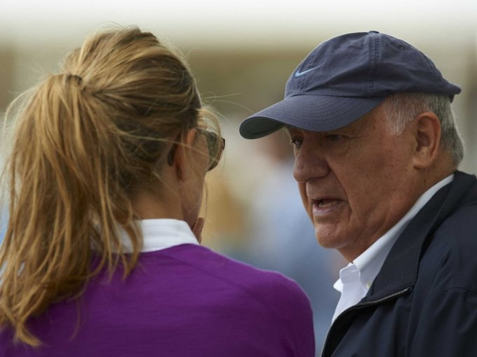 <p> Nhưng Ortega hiếm khi dùng chuyên cơ đi nghỉ mát. Ông cho biết mình thích làm việc hơn.</p>