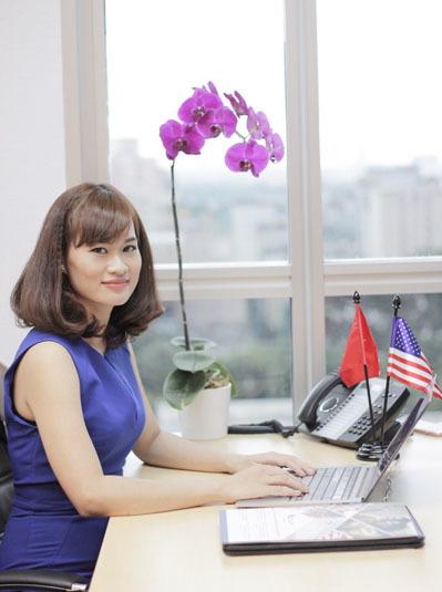 Tuy nhiên, với mô hình này, mối quan hệ giữa đại diện dự án EB-5 và nhà đầu tư tiềm năng sẽ hạn chế về khoảng cách. Việc tương tác sẽ bị ngắt quãng vì mọi thông tin phải thông qua các đơn vị tư vấn trung gian, bà Monica N. Pham - Giám đốc AVS Việt Nam chia sẻ.