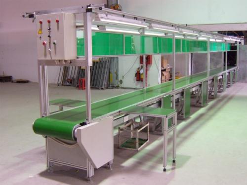 Băng tải được sử dụng trong điều kiện môi trường cho phép về nhiệt độ, các yếu tố ăn mòn tránh hư hại nhiều bộ phận.