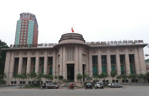 Ngân hàng Nhà nước vừa giảm một loạt lãi suất điều hành. Ảnh: P.V.