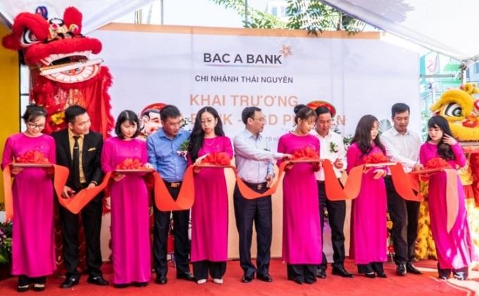 Sự kiện khai trương Bac A Bank phòng giao dịch Phổ Yên hôm 29/10.