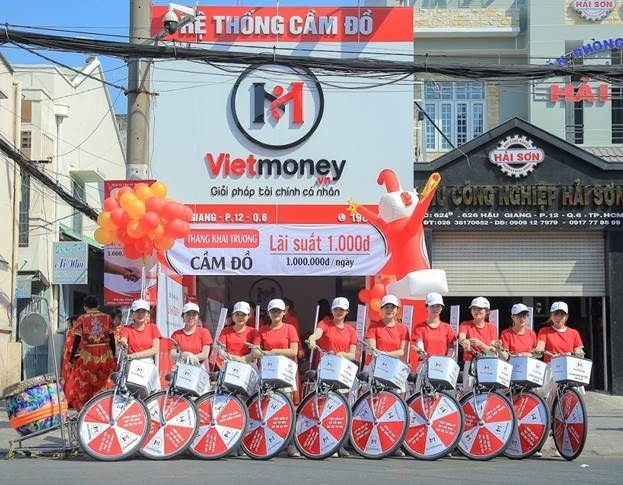 Chi nhánh Vietmoney tại quận 6, TP HCM trong ngày khai trương.