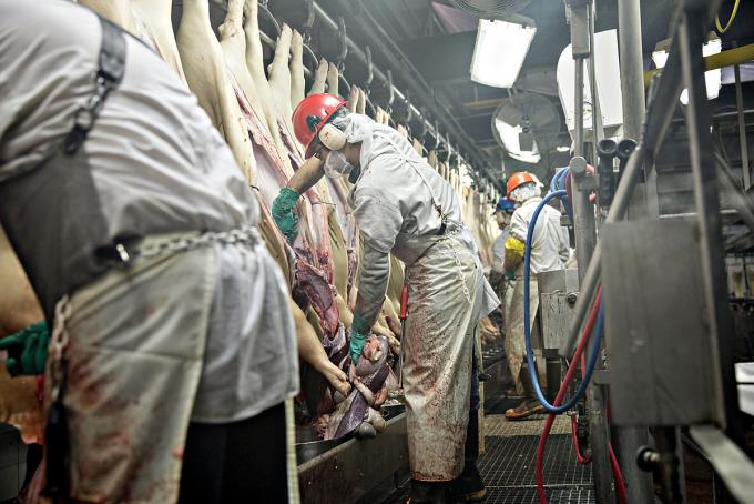 Mỹ nguy cơ thiếu thịt vì đại dịch