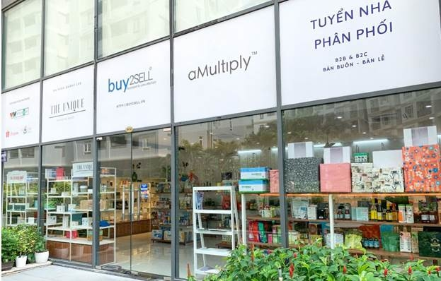 Showroom của Buy2sell tại Quận 7, Thành phố Hồ Chí Minh.