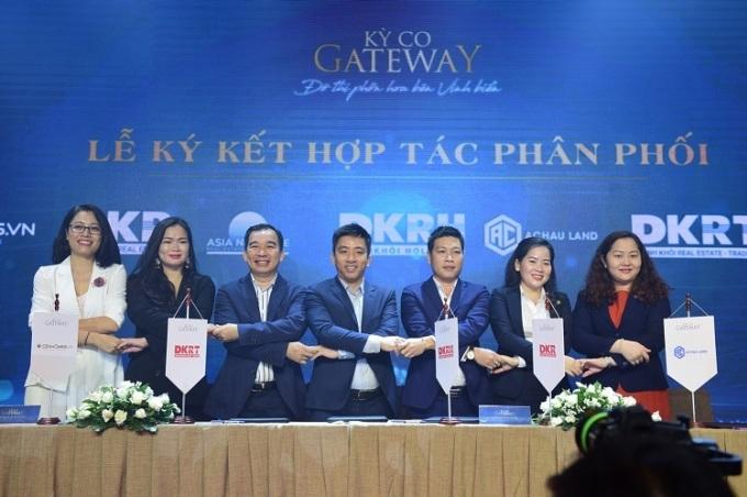 Tập đoàn Danh Khôi ký kết với đối tác triển khai Kỳ Co Gateway