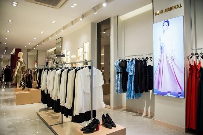Không gian showroom mới của Elise tại Bà Triệu.