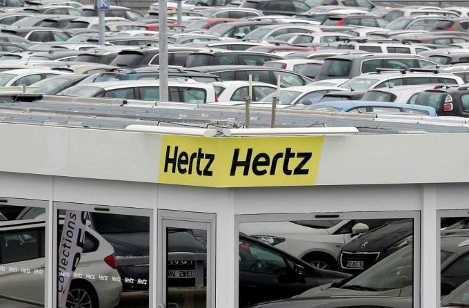 Logo của Hertz tại sân bayBordeaux (Pháp). Ảnh: Reuters