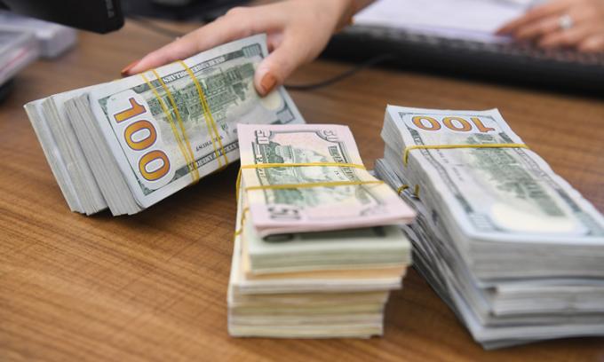 Giá USD tăng đầu tuần