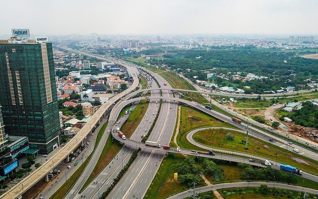Khu Đông TP HCM, đoạn đi qua quận 2. Ảnh: Quỳnh Trần