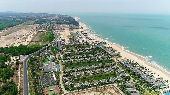 Nằm trong khu vực bát giác kim cương, Hồ Tràm (Bà Rịa – Vũng Tàu) giàu tiềm năng về phát triển du lịch cũng như bất động sản nghỉ dưỡng