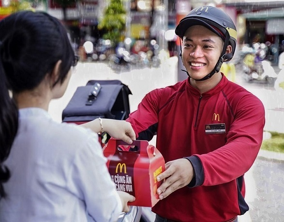 Dịch vụ giao hàng tận cửa McDelivery.