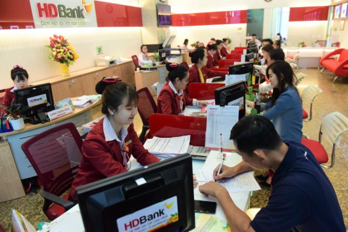 HDBank phát hành thẻ tín dụng cho khách lắp đặt điện mặt trời
