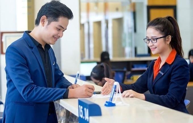 Sacombank ưu đãi chủ thẻ khi mua sắm tại Vincom