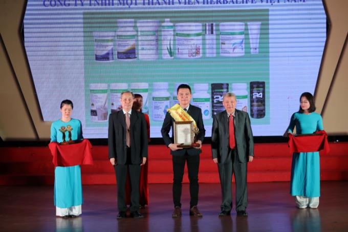Herbalife Việt Nam nhận giải