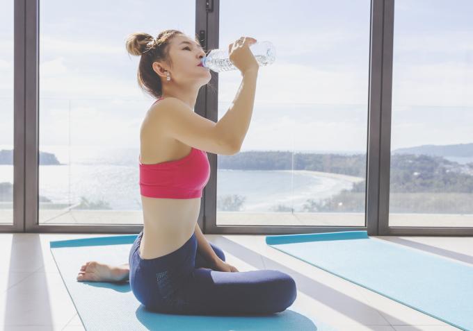 Bù nước cho cơ thể đúng cách