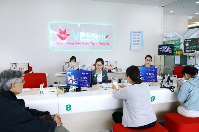 VPBank ưu đãi chủ thẻ trong tháng khuyến mại quốc gia