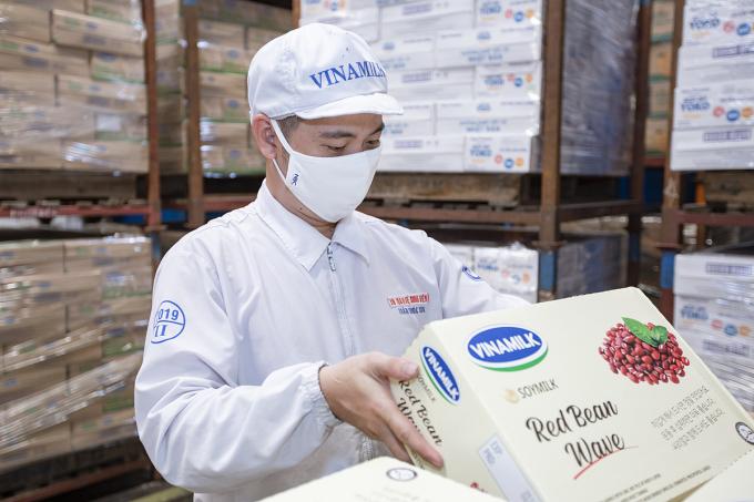 Doanh nghiệp liên tục mở rộng thị trường xuất khẩu, mới nhất là lô sữa hạt cao cấp xuất sang thị trường Hàn Quốc.