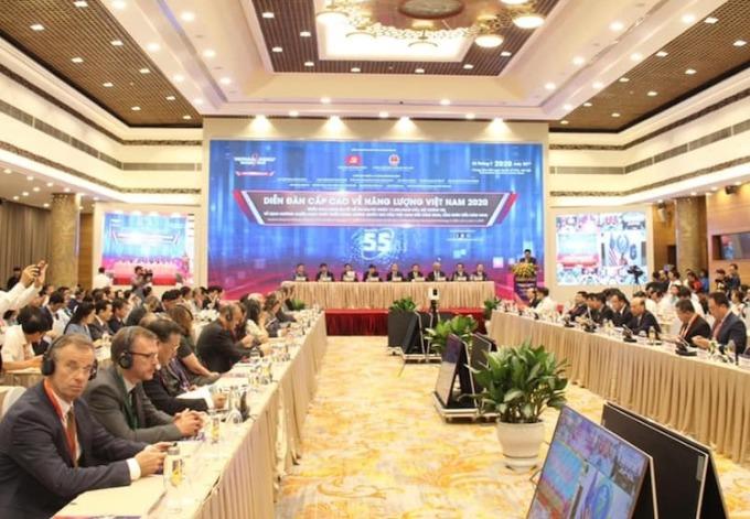 Các đại biểu tham dự Diễn đàn cấp cao về năng lượng Việt Nam 2020, ngày 22/7. Ảnh: Anh Minh