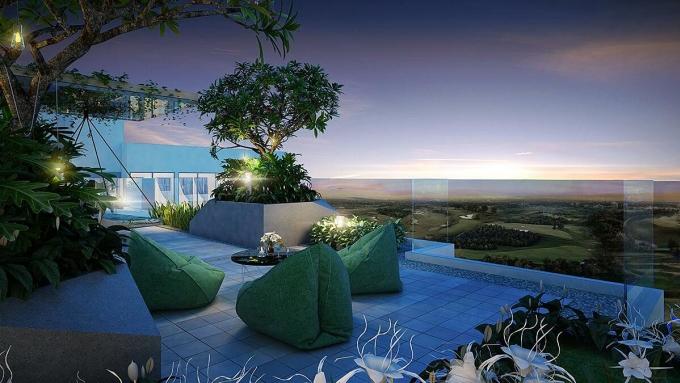 Cư dân The Emerald Golf View sẽ được ngắm toàn cảnh sân golf Sông Bé trên Vườn chân mây nằm trong khu căn hộ.