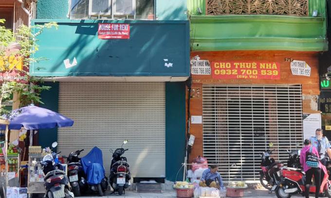 Nhà mặt tiền cho thuê nguyên căn trên đường Ngô Đức Kế, đoạn gần Hồ Tùng Mậu, quận 1, TP HCM ngày 22/7. Ảnh: Trung Tín