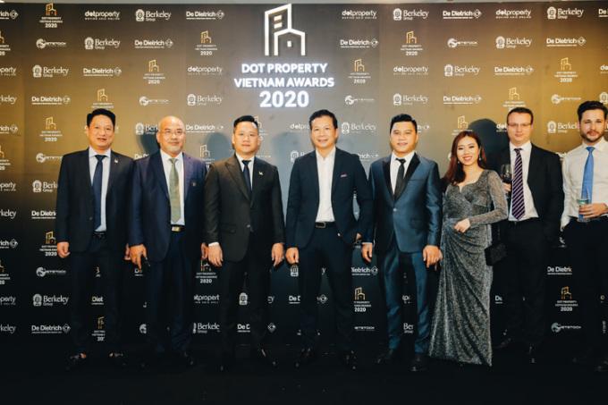 Ông Phạm Thanh Hưng - Phó Chủ tịch HĐQT Cen Group (chính giữa).