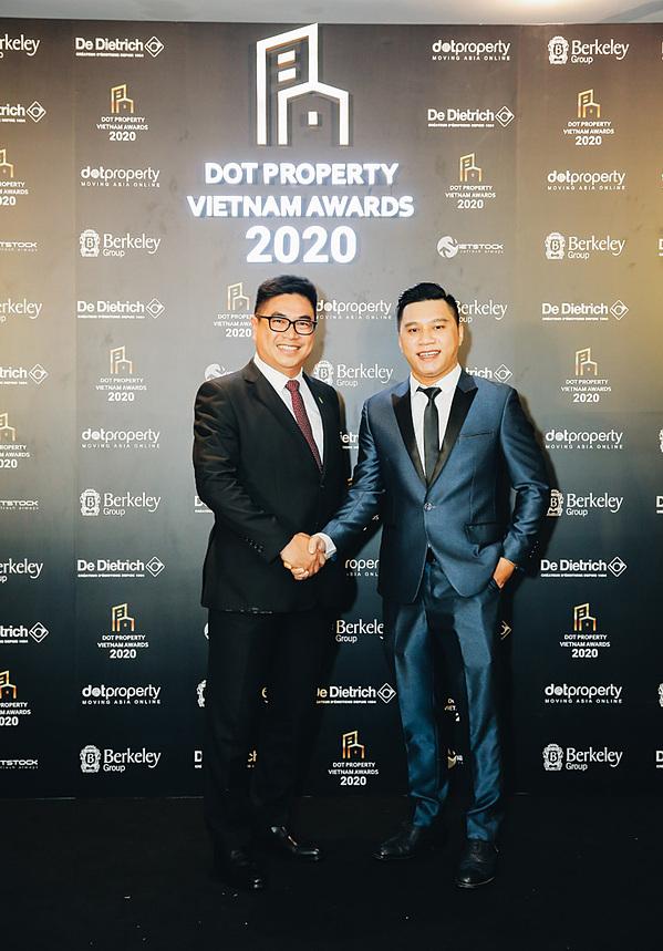 Ông Ngọc Bùi – Giám Đốc Phát Triển Kinh Doanh, Dot Property Vietnam (bên phải)