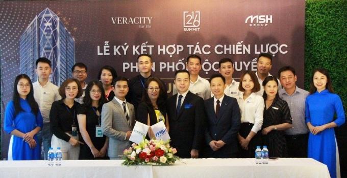 Đại diện MSH Group và Veracity ký kết hợp tác phân phối độc quyền dự án Summit Building.