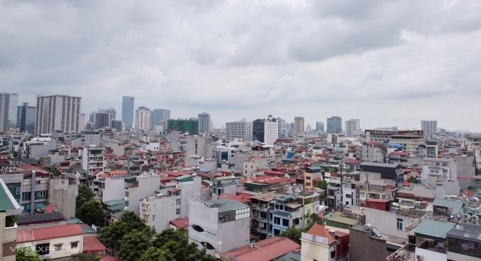 Thị trường nhà ở tại khu vực Cầu Giấy, Hà Nội. Ảnh:Phong Sự