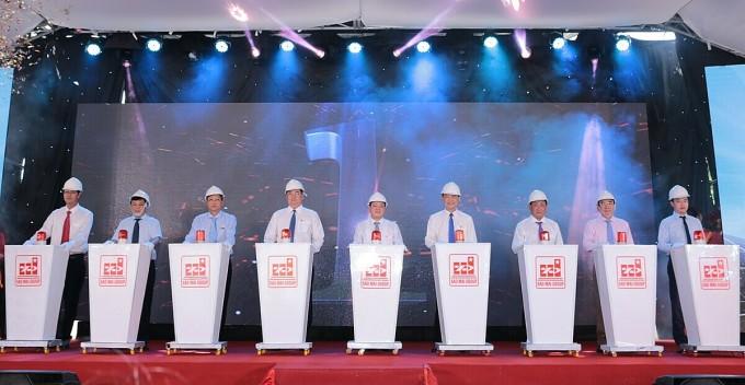 Lễ khởi động lắp đặt thiết bị nhà máy điện mặt trời Sao Mai giai đoạn hai.