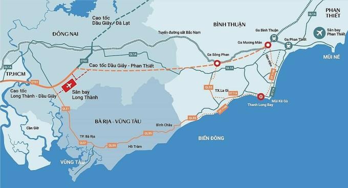 Hai tuyến đường ĐT719 và ĐT719B dự kiến sẽ khởi công vào tháng 10/2020 giúp việc di chuyển đến Kê Gà dễ dàng, thuận tiện. Ảnh: Nam Group.