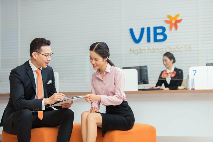 Khách hàng nhận ưu đãi từ VIB và TC Motor khi vay mua ôtô Hyundai tại ngân hàng này.