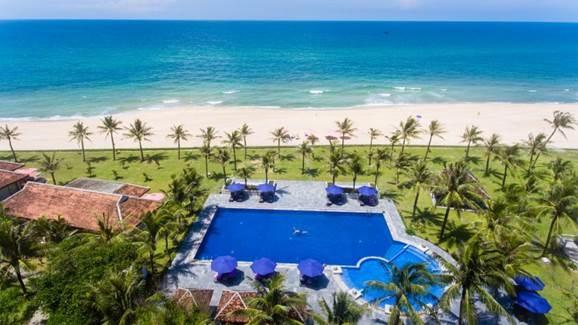 Lapochine Beach Resort, khu nghỉ dưỡng cao cấp bên biển Thuận An (Huế).