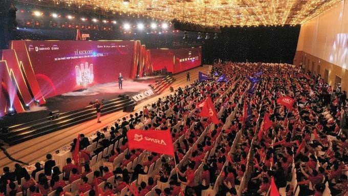 Lễ ra quân dự án Astral City thu hút hơn 3.500 chuyên viên bán hàng tham dự. Ảnh: DKRA Vietnam.