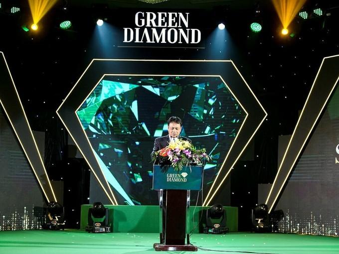 Đại diện chủ đầu tư phát biểu tại sự kiện mở bán Green Diamond. Ảnh: Handico6.