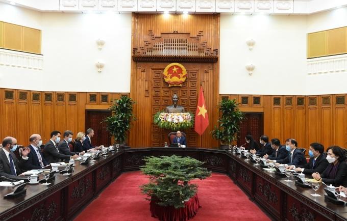 Thủ tướng tiếp đoàn công tác Mỹ sáng 26/10. Ảnh: VGP/Quang Hiếu.