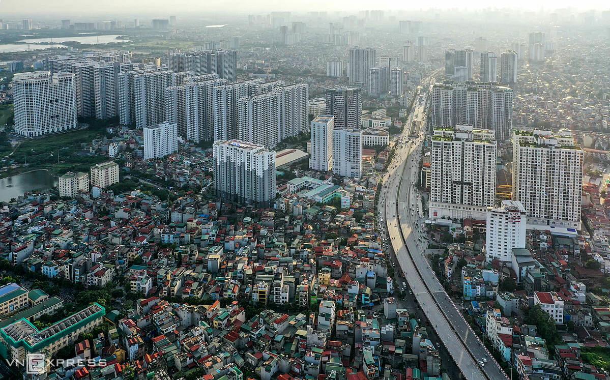 Khu vực quận Hoàng Mai giáp ranh với quận Hai Bà Trưng xuất hiện nhiều dự án chung cư. Ảnh: TĐH