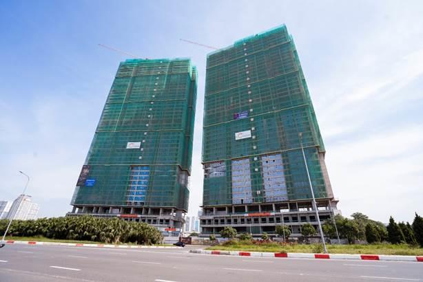 Hai tòa tháp 44 tầng The Matrix One đã hoàn thiện phần thô.