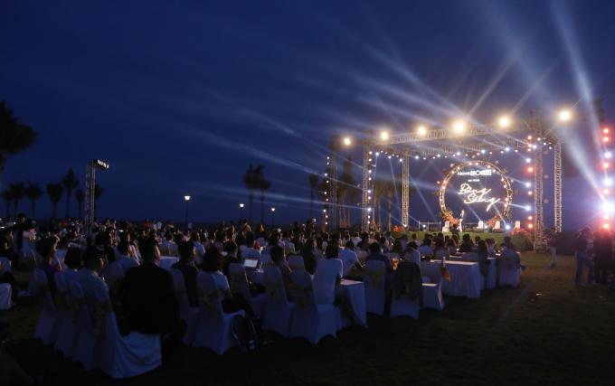 Trong tương lai khi NovaWolrd đã hoàn thiện và đi vào vận hành, các sự kiện âm nhạc hoành tráng với những ngôi sao trong nước và quốc tế nổi bật sẽ được tổ chức thường xuyên, tạo điểm đến giải trí thời thượng cho du khách và giới trẻ.