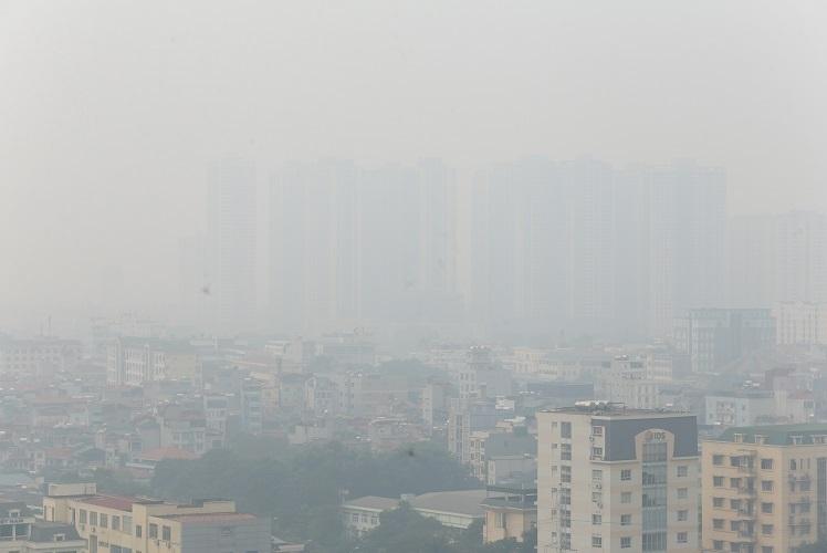 Ô nhiễm không khí tại Hà Nội đang ở ngưỡng báo động. Ảnh: Gia Chính.