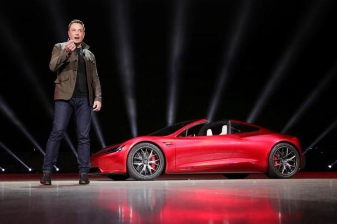 Elon Musk trong một sự kiện của Tesla tại California. Ảnh: Reuters