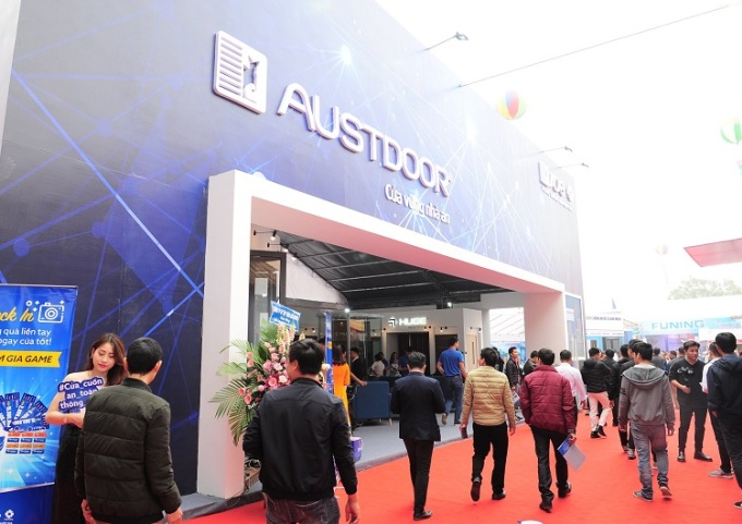Khu trưng bày sản phẩm cửa cuốn Austdoor tại Triển lãm Vietbuild Hà N