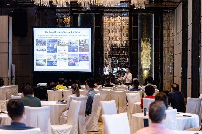 Sự kiện mở bán dự án ở Hong Kong hồi giữa tháng 11 chứng kiến sự quan tâm lớn từ các nhà đầu tư nước ngoài dành cho dự án The Minato Residence. Ảnh: Denzell.