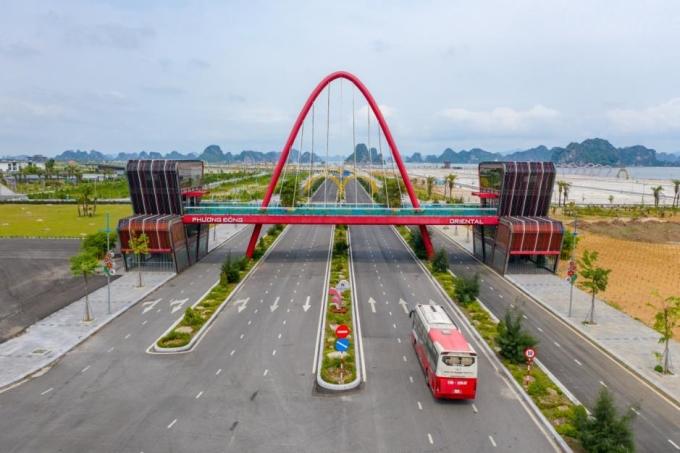 Đại lộ Vân Đồn đoạn chạy qua khu đô thị Phương Đông đã hoàn thiện và đi vào hoạt động