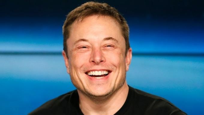 Elon Musk vào năm 2018, chụp sau vụ phóng tên lửa SpaceX Falcon Heavy đầu tiên tại Trung tâm Vũ trụ Kennedy ở Cape Canaveral, Flofida. Ảnh: Reuters.