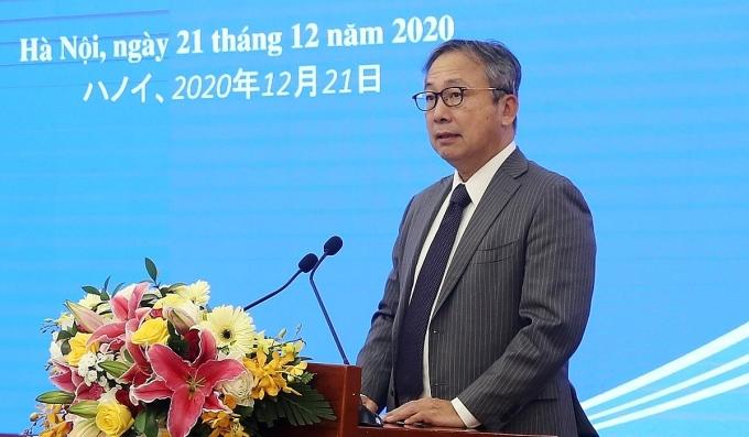 Đại sứ Nhật Bản tại Việt Nam Yamada Takio chia sẻ tại hội nghị đối thoại với doanh nghiệp Nhật tại Hà Nội chiều 21/12. Ảnh: VGP.