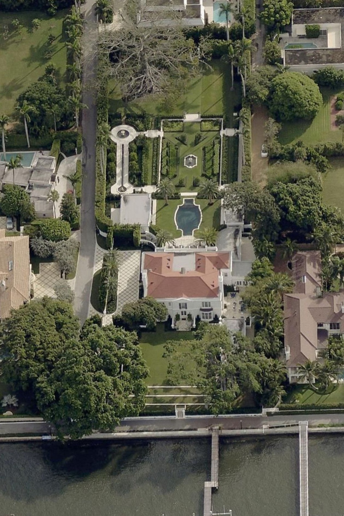 10 ngôi nhà sang tay đắt nhất nước Mỹ năm 2020