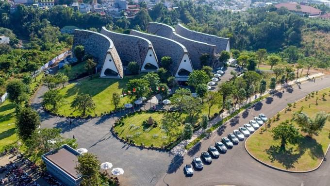 Dự án Thành phố Cà phê được Trung Nguyên Legend đầu tư và khởi công xây dựng vào tháng 1/2017.