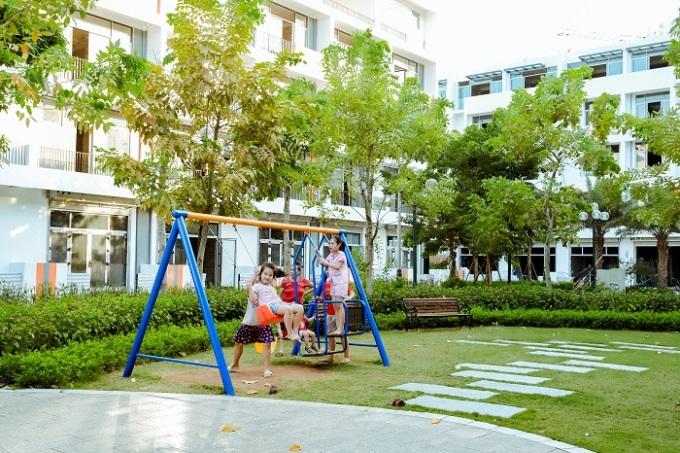 Không gian vui chơi của trẻ nhỏ tại Bình Minh Garden.